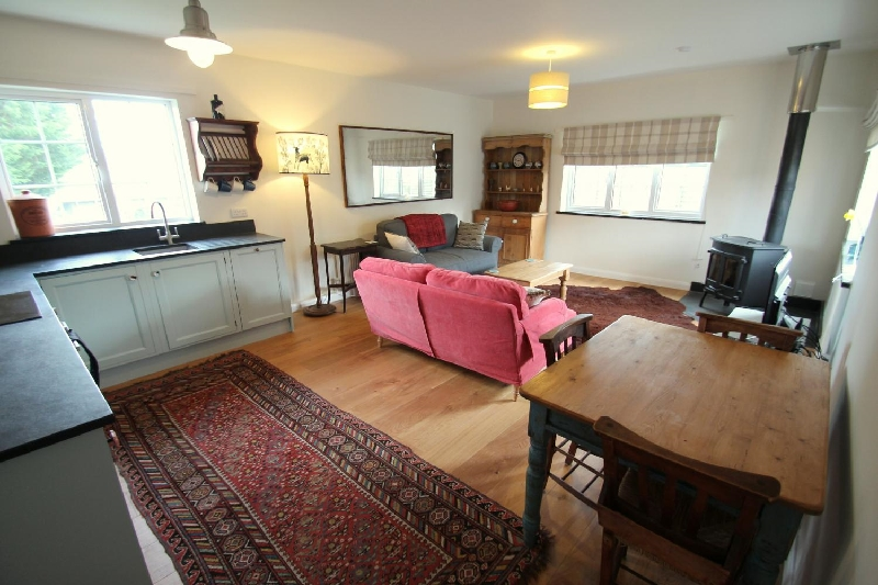 Click here for more about Linhay Cottage