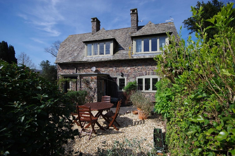 Click here for more about Gate Cottage