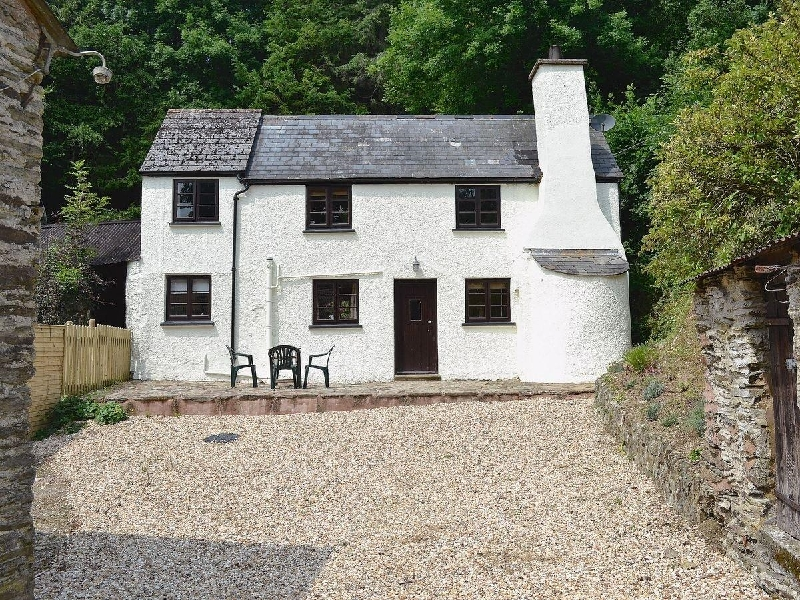 Click here for more about Hedgehog Cottage