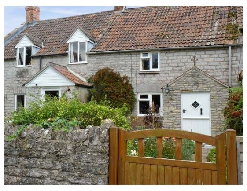 Click here for more about Woodforde Cottage