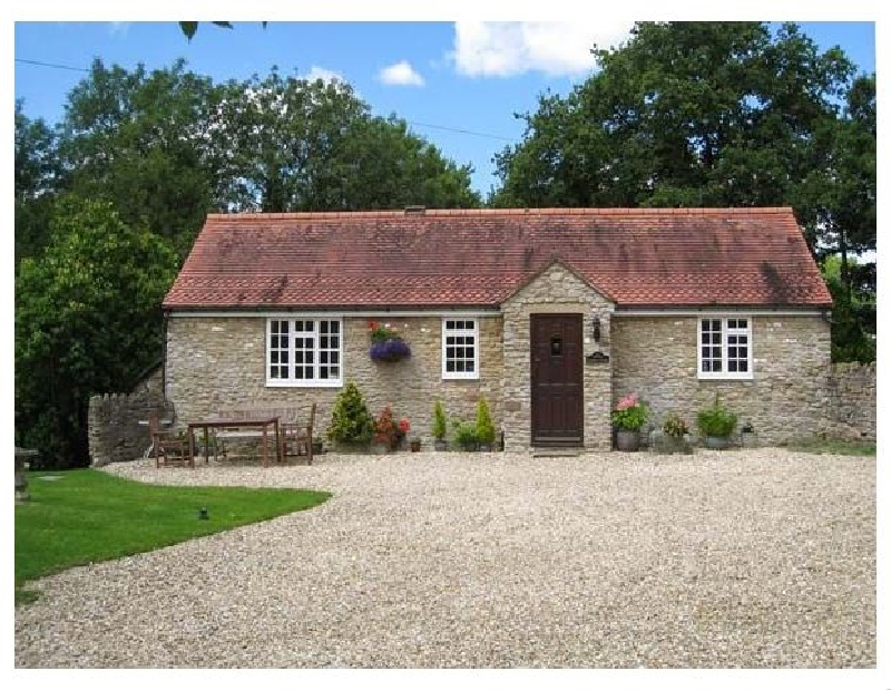 Click here for more about Magpie Cottage