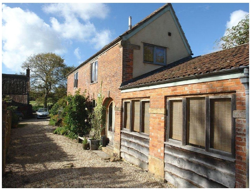 Click here for more about Pittards Farm Cottage