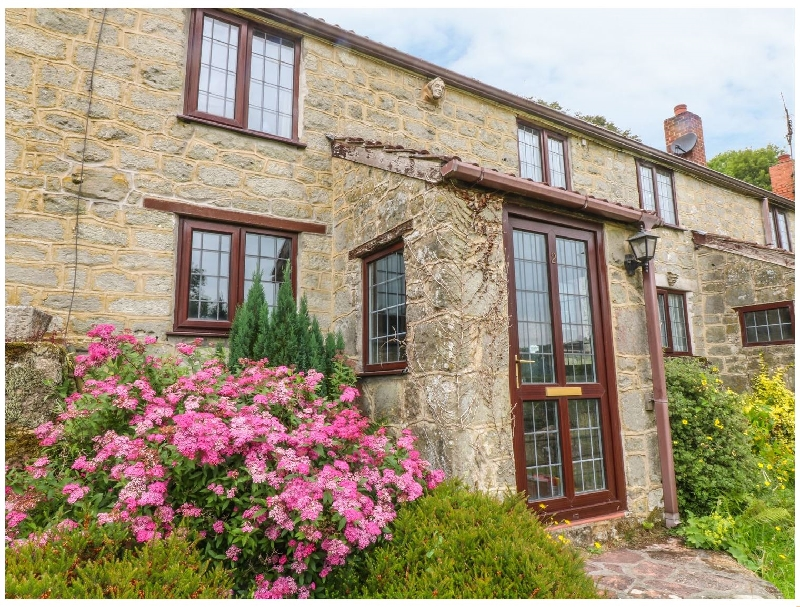 Details about a cottage Holiday at 2 Castle Orchard