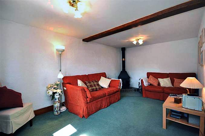 Ford Farm Cottage is in Churchinford, Somerset